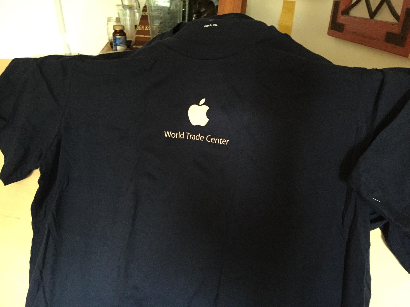 Camiseta conmemorativa del la apertura de la Apple Store del World Trade Center