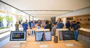 Apple-Store-interior-700x398