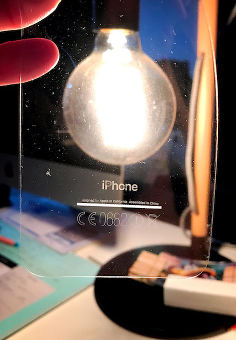 Nombre del iPhone transferido a la pegatina