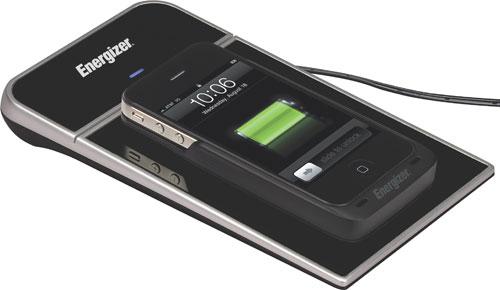 Funda que carga el iPhone inalámbricamente