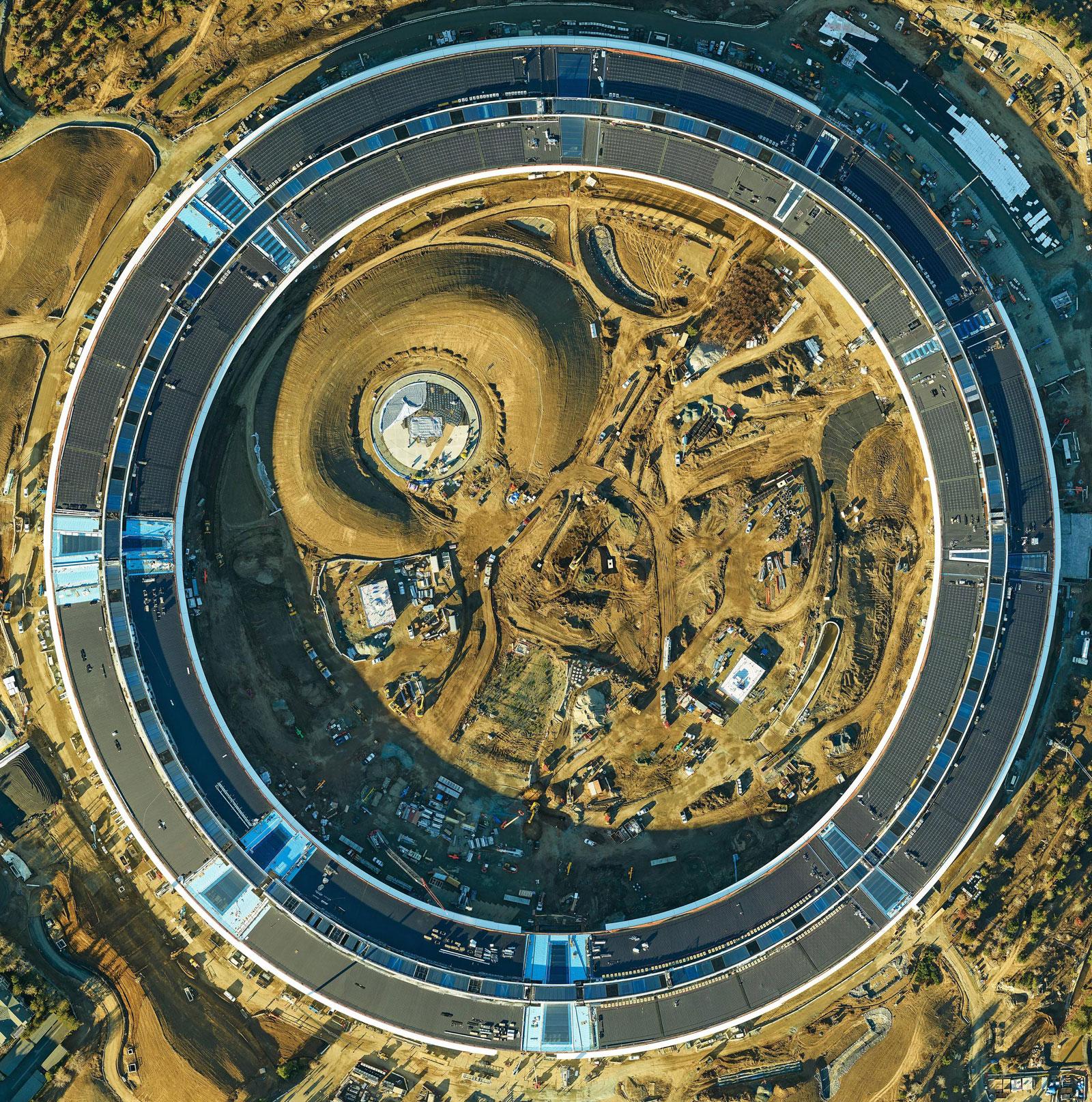 Nave espacial del Campus 2 de oficinas de Apple