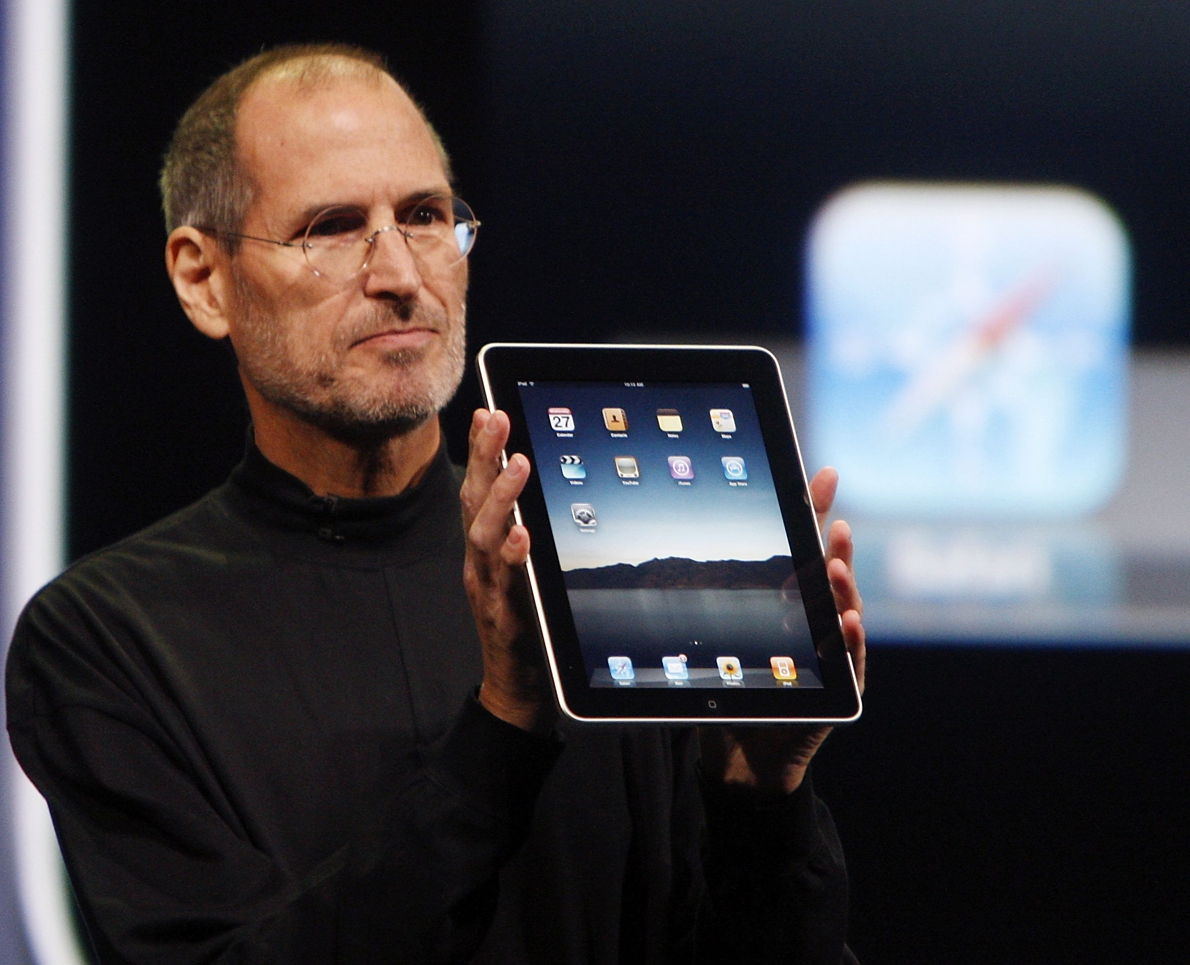 Steve Jobs presentando el primer iPad al mundo