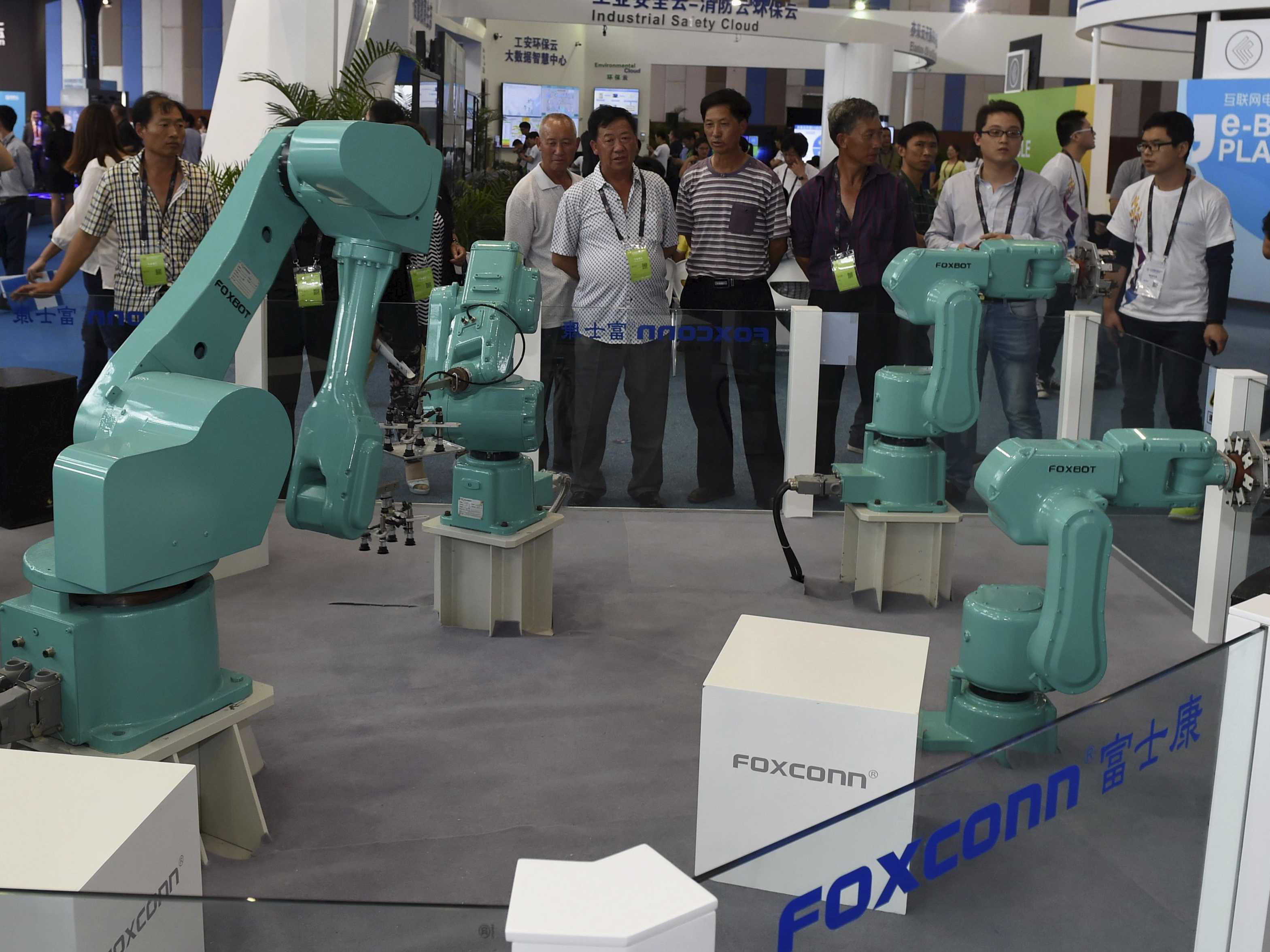 Robots o brazos robotizados de Foxconn