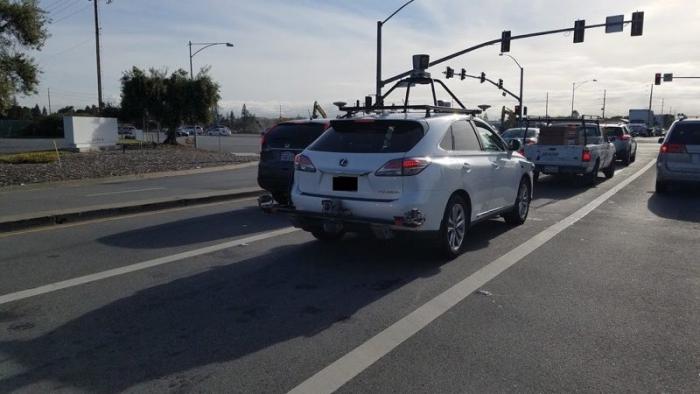 Lexus Apple_1